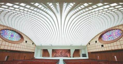 L'oscuro segreto dietro la sala delle udienze del papa